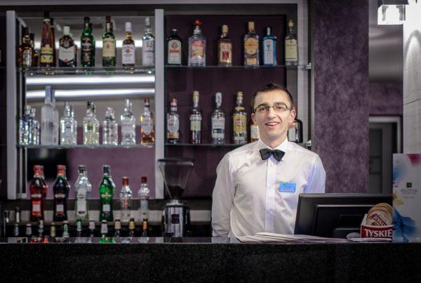 Bar w hotelu Olivia